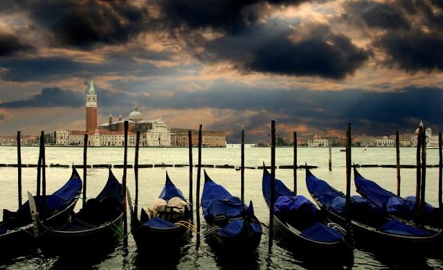 Италия ще приема туристи от ЕС от юни