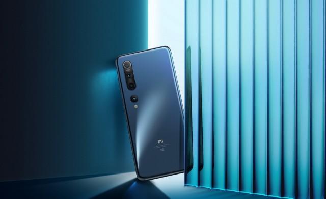 VIVACOM предлага Xiaomi Mi 10 в комплект с безжични слушалки