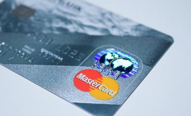 Mastercard с рекордни резултати за онлайн пазаруването в Европа