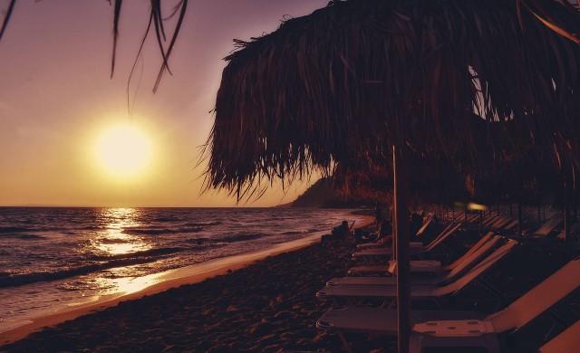 Гърция започва да посреща чуждестранни туристи от 15 юни