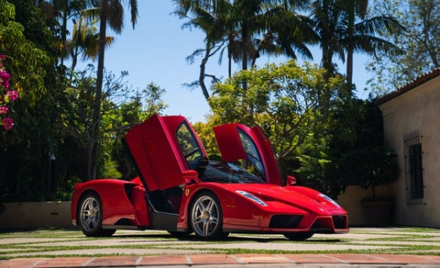 Ferrari от 2003 г. може да се продаде за близо 3 млн. долара
