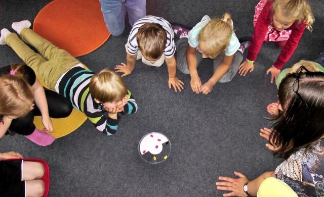 Общината прави детски градини в партери на големи сгради?