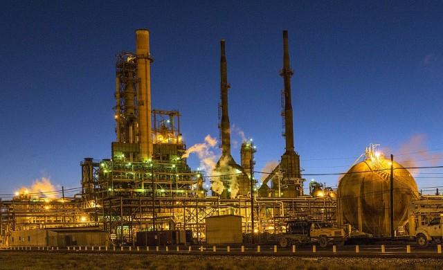 Петролът с историческо представяне през май месец