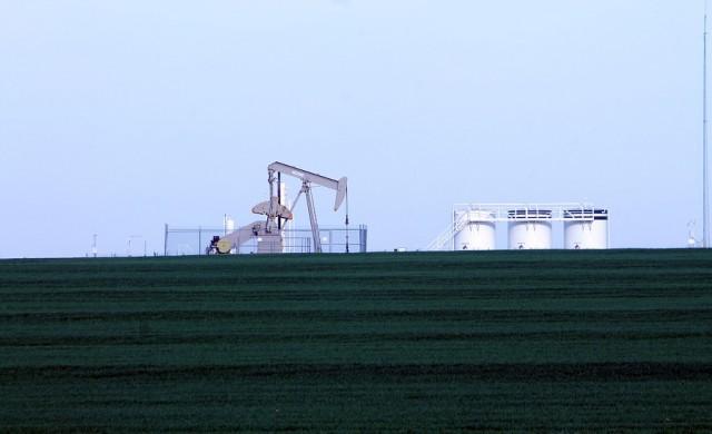 Цените на петрола се покачиха до седемседмични върхове