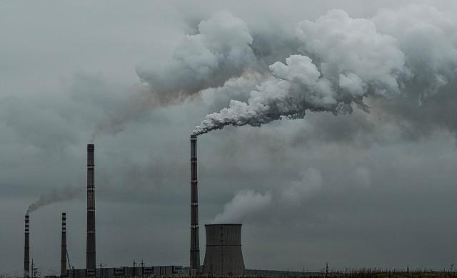 Китай генерира повече вредни емисии от всички развити държави, взети заедно
