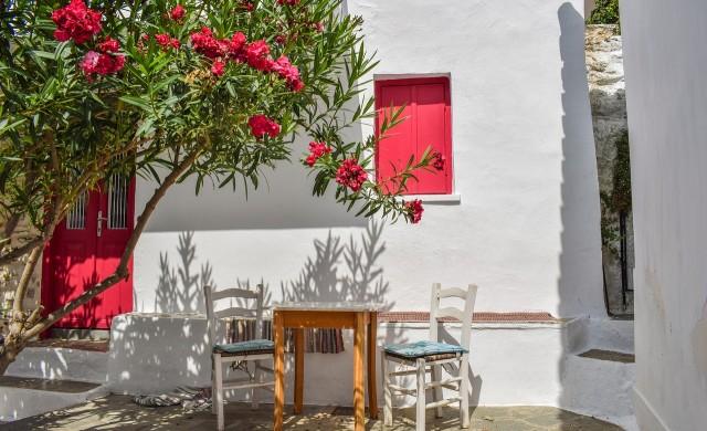 Гърция ваксинира цялото население на островите до 25 юни