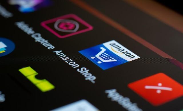 Безос продължава да продава акции на Amazon за милиарди