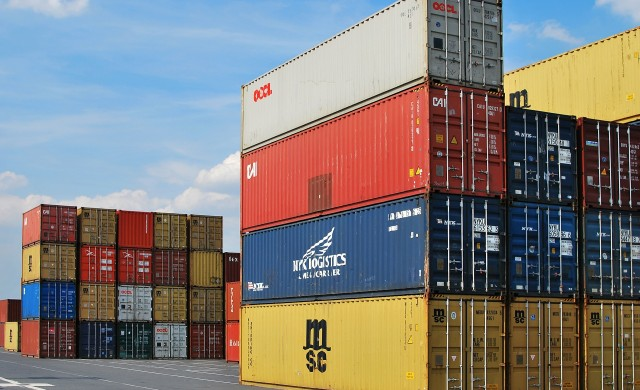 Износът на България извън ЕС през първото тримесечие намалява с 1%