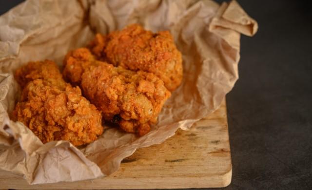 Ето тайната рецепта, която прави пърженото пиле на KFC толкова хрупкаво