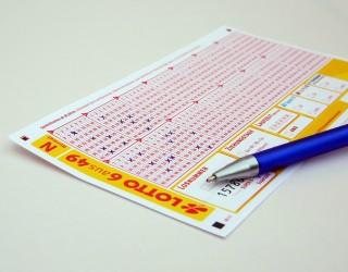 Жена изпра в пералнята билет от лотария с печалба от 26 млн. долара