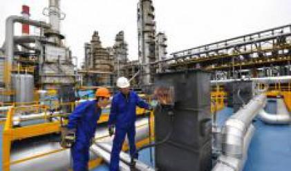 МЕА: Цената на петрола ще се задържи над 100 долара до 2009 г.