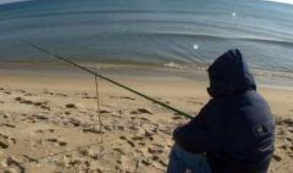 Земеделският министър лобира за отмяна на акцизите върху горивото за рибарите