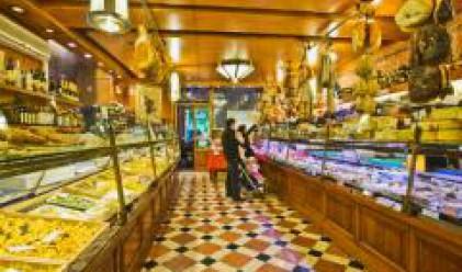 Бизнесът очаква поевтиняване след намалението на ДДС върху храните