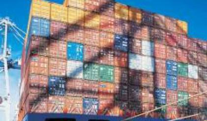 Търговското салдо за януари – април е отрицателно, в размер на 2.554 млрд. евро
