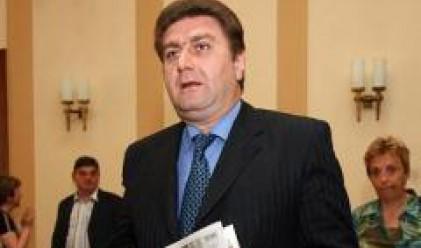 В. Златев: Цените на горивата у нас ще растат с тези на петрола