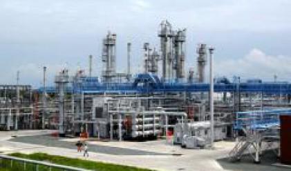 Лукойл разширява бизнеса си със закупуване на дял в италианската рафинерия ERG