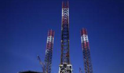 Цената на суровия петрол скочи до нов рекорд от над 143 долара за барел