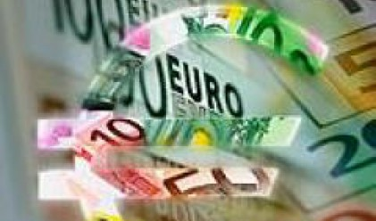 Greece to Borrow 5.5 bln Euros in Q3-Agency