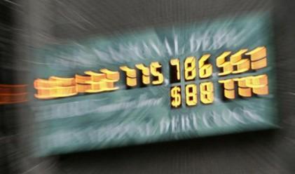 Дългът на САЩ ще стигне 19.6 трлн. долара през 2015 г.