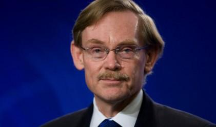 Зелик: Европа трябва да намали бюджетните дефицити