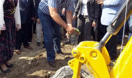Борисов открива първия български завод в Румъния