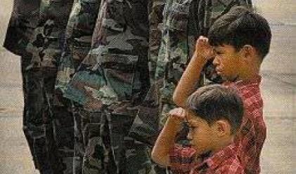 Армията на САЩ сменя баретите с шапки с козирка