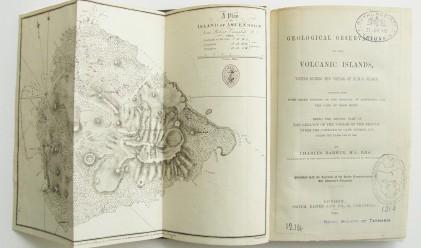 Върнаха книга на Дарвин в библиотека 122 г. след заемането