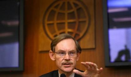 Световната банка помага на гладуващите с деривати