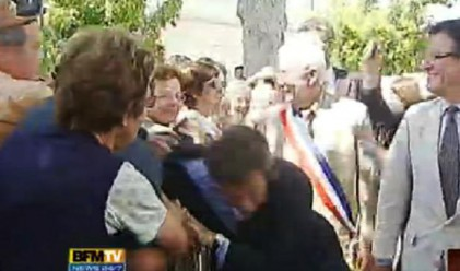 Мъж нападна Саркози