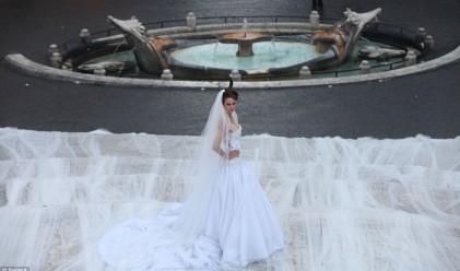 Представиха най-дългия сватбен аксесоар в света