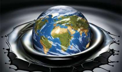Дж. Кенеди: Петролът поевтинява към 38 долара, щатската валута ще поскъпва