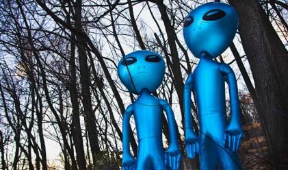 Американците вярват в извънземни и в силата на Обама да се справи с тях
