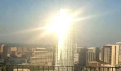 Небостъргач заслепява гражданите в Далас