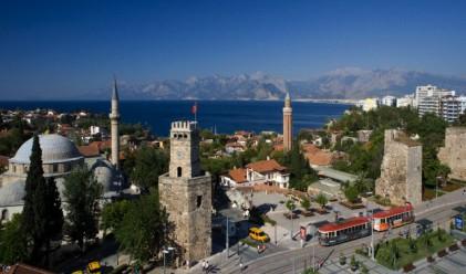 98.5% спад на руски и 44.9% спад на немски туристи в Турция