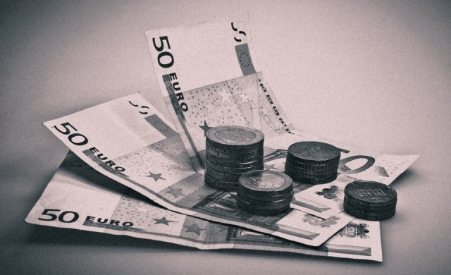 Нова рекордна стойност и 13-о поредно повишение на депозитите