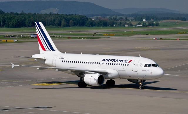 10 тайни за полетите, които стюардесите пазят ревниво