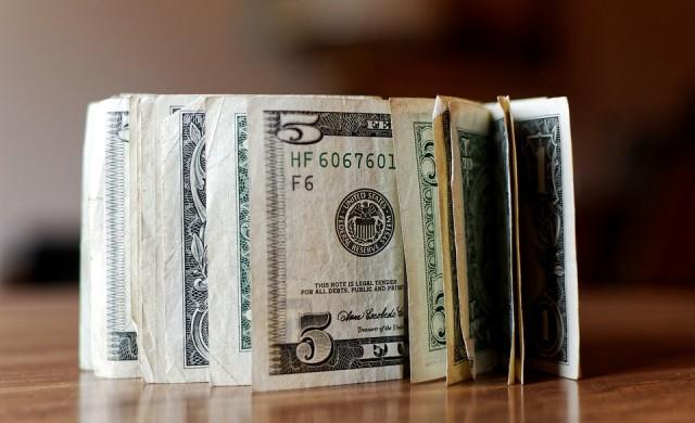 Близо половин трилион долара на година пращат емигрантите  у дома