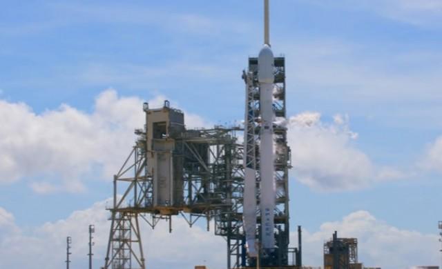 Изведоха в орбита първия български частен сателит
