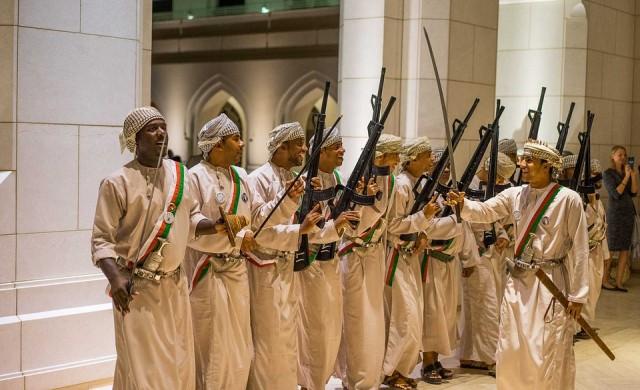 Защо САЩ заливат с оръжия Близкия изток?