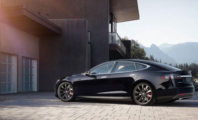 Автомобил Tesla постави рекорд за пробег с едно зареждане