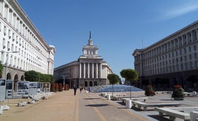 S&P повиши перспективата за кредитния рейтинг на България