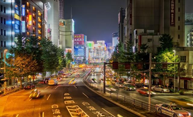 Автономните коли тръгват по улиците на Токио през 2020 г.