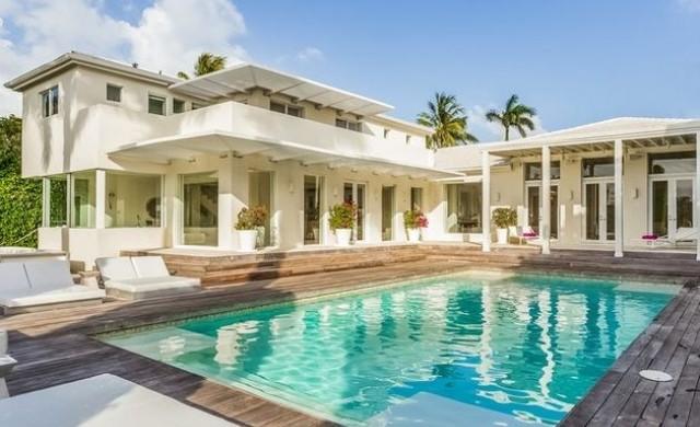 Шакира продава имението си в Маями