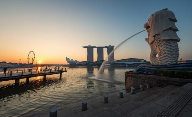 Ким Чен-ун кацна в Сингапур за историческа среща с Тръмп
