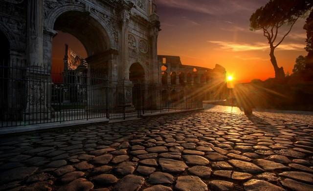 Рим премахва емблематичните си павета, заменя ги с асфалт