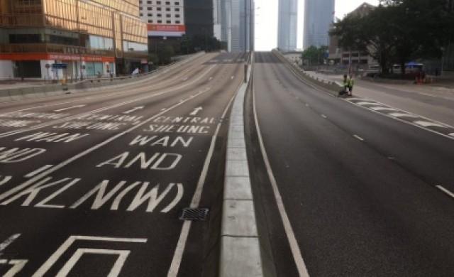 Милиони протестираха в Хонконг, а след това си изчистиха улиците