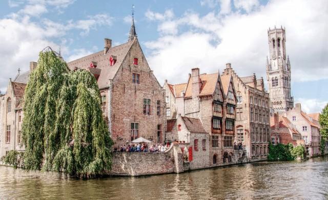 И романтичният Брюж въвежда мерки срещу туристите