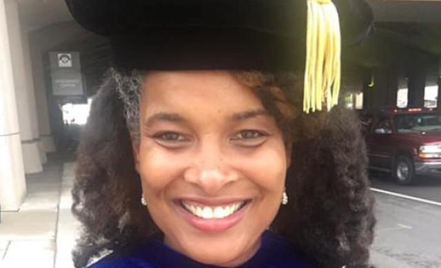 Жена на име Марихуана Пепси вече има докторска степен