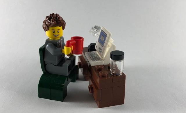 Собственикът на Lego купува музеите на Мадам Тюсо