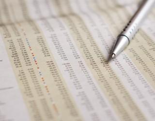 Акциите поскъпват ограничено преди срещата на Фед